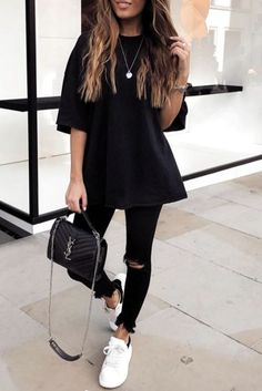 Outfit Jeans, Black Tshirt Outfit, Black Jeans Outfit Summer, Outfit Ideas With Leggings, Cute Legging Outfits, Black Leggings Outfit Summer, Outfits With Converse, 90s Outfit, Converse Sneakers