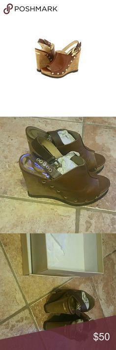 c4d36d06941614 Michael Kors wedge sandals Excellent New Condition