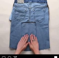 Fashion Sewing, Denim Fashion, Diy Old Jeans, Diy Shorts From Jeans, Diy With Jeans, How To Make Ripped Jeans, Jean Diy, Jean Jean, How To Make Skirt