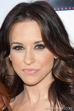 Simply classic makeup {love her lashes} Lacey Chabert