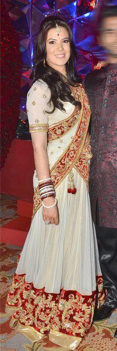 $144.92 Urvashi Sharma White Bollywood Lehenga Choli 26675