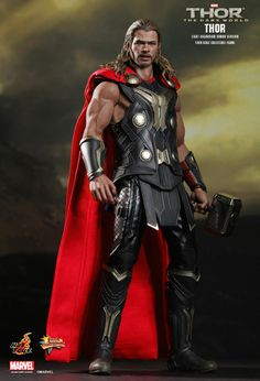 Chris Hemsworth as Thor from The Dark World scale limited edition action figure by Hot Toys Thor 2, New Thor, Marvel Dc Comics, Marvel Heroes, Marvel Avengers, Comic Book Characters, Marvel Characters, Comic Character, Chris Hemsworth