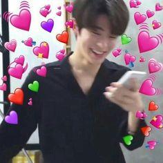 jaehyun is such a sweet future husband breathe if u agree K Meme, Funny Kpop Memes, Meme Faces, Funny Faces, K Pop, Taeyong, Winwin, Memes Chinos, Heart Meme