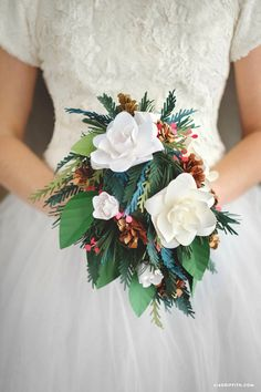 There are stunning paper wedding bouquets for any season! Browse our four seasonal wedding bouquets and then craft one for yourself with our tutorial