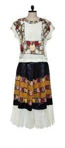 Outfit de Frida Kahlo en Museo Casa Azul Ciudad de México  Las imágenes están sujetas a derechos de autor.
