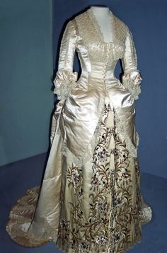 House of Worth, Ivory Silk Evening Gown on Display at the V, 1881.
