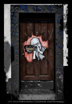[2012 - Funchal - Madeira - Portugal] #fotografia #fotografias #photography #foto #fotos #photo #photos #local #locais #locals #cidade #cidades #ciudad #ciudades #city #cities #europa #europe #porta #portas #puerta #puertas #door #doors@Visit Portugal @ePortugal