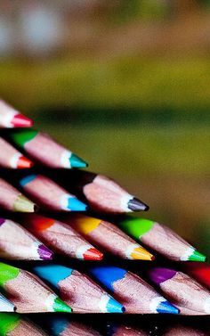 How Color-Coded Notes Make You A More Efficient Thinker