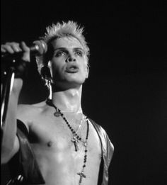New Billy Idol album 'Kings & Queens of the Underground' available now! And in 'Dancing With Myself', his long-awaited bestselling autobiography, Billy Idol delivers an electric, searingly honest account of his journey to fame. Get the latest tour dates! Billy Idol Albums, Bad Boyfriend, 80s Music, Post Punk, Jimi Hendrix, My Favorite Music, Male Beauty, Rock Bands, Music Artists