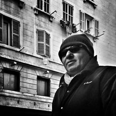#people of the #street #marseille #bnwlovers #streetphotography #streetphoto #biancoenero #blackandwhitephotography #blackandwhite #streetphot #bnw #igersbnw #marseillerebelle #massalia #instamarseille #planetemars #laviesurmars