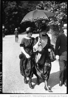 Modes à Bagatelle, 1919 : [photographie de presse] / Agence Meurisse