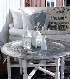 love this Moroccan table