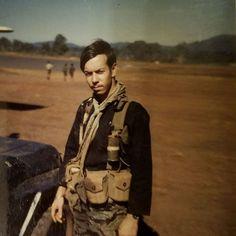 Bar belt and black pyjama shirt Black Pajamas, Silk Pajamas, Branch Of Service, Vietnam War Photos, Pajama Shirt, Tiger Stripes, Special Forces, Military History, Ukraine