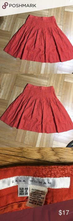 Zara Woman Skit- Size 8 Zara Woman Skit- Knee Length- Floral Design Print throughout the Skit- gives it a gorgeous feminine touch Zara Skirts A-Line or Full