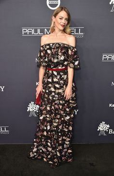 Jaime King attends the 2017 Baby2Baby Gala at 3LABS.