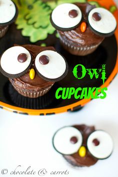 Owl Cupcakes via @Caroline Edwards | chocolate and carrots for @BlissfullyD