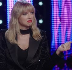♦ It wasn't a single. Taylor Swift Meme, Taylor Swift Pictures, Taylor Alison Swift, You Belong With Me, Swift Photo, Happiness Is A Choice, London Tours, Types Of People, Being Good