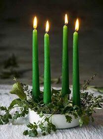 Christmas Advent Wreath, Xmas Tree, Christmas Time, Christmas Cakes, Christmas Ideas, Light My Candle, Candle In The Wind, Advent Candles, Candle Centerpieces