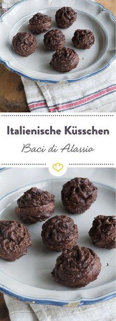 In Italien zu Hause, in deiner Küche nachgebacken. Diesen italienischen Küsschen mit Schokolade kann einfach keiner widerstehen.