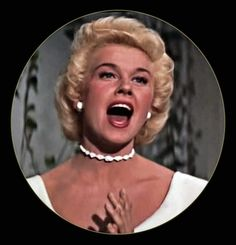 "3/23/14 3:42a Warner Bro. Pictures ""Lucky Me"" Doris Day Nice Photo Hairdo not Short. Good. Released: 4/1954"