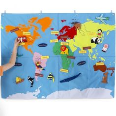 Use The Overhead Projector Put A World Map On A Sheet Color It - Fao schwarz felt us wall map giant