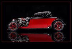 The Black Widow car. pic.twitter.com/Y9aF4BEbYD