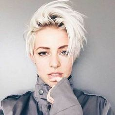 cool short pixie blonde hairstyle ideas 106 fashion best 40 blonde hairstyle inspirations from our favourite cute short blonde pixie … Pixie Hairstyles, Cool Hairstyles, Blonde Hairstyles, Hairstyle Ideas, Hair Ideas, Hairstyles 2016, Short Female Hairstyles, Bob Hairstyle, Hair Undercut