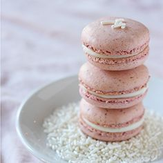 Strawberries  Cream Macarons | strawberry shells filled with tangy cream cheese frosting
