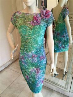 Orchidej - Pajetové šaty tyrkys