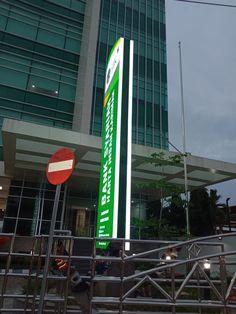 Jasa pembuatan Totem/Pylon sign untuk branding perusahaan anda,totem/pylon sign PLN,Totem bank Mandiri,totem bank bri,totem bank danamon,totem Bank BCA,totem Honda ,Totem Toyota,Totem Daihatsu,Totem Mitshubishi ,Totem Hino motor dll Informasi pembuatan totem dan pylon sign hubungi kami di Ruko Cendana Raya 15A Tangerang 085280647743/085100463227 Pylon Sign, Bogor, Signs, Shop Signs, Sign