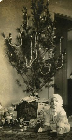 Vintage Christmas... look at the old time toys ...