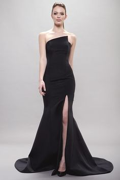 Romona Keveza Evening Gowns Attire Simple Gown Runway Fashion