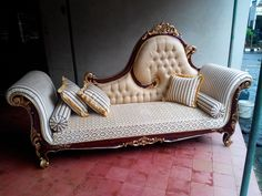 Wood Farnichar, Curved Sofa, Lounge, Couch, Life, Furniture, Home Decor, Chair, Airport Lounge