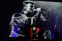 David Bowie at the Berlin Wall: the incredible story of a concert and its role in history - Vox