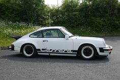 1977 Porsche 911 Carrera 3.0 - Estimate (£): 40,000 - 45,000. UK RHD Carrera sport