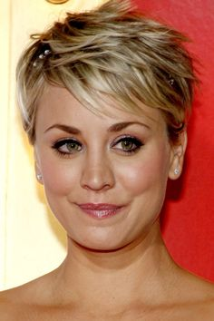 Gallery of Most Popular Short Pixie Haircut for Pixie Cuts We Love in 2017 – Pixie Hairstyles from Classic to … Pixie Haircut For Round Faces, Cute Pixie Haircuts, Pixie Haircut Styles, Pixie Haircut For Thick Hair, Pixie Cut With Bangs, Haircut For Older Women, Round Face Haircuts, Short Hair With Bangs, Haircuts With Bangs