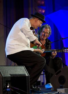 Violin to Guitar WILLIE and LOBO reunited at the 2011 Catalina Island JazzTrax Festival.