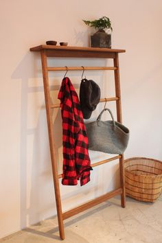 manna furiture service | オリジナル家具・オーダー家具ショップ / Ladder rack
