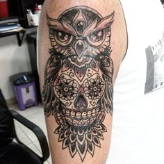 Classic Black Ink Owl With Sugar Skull Tattoo On Right Half Sleeve Skull Tattoo Design, Tattoo Designs, Tattoo Ideas, Sugar Skull Tattoos, Neo Traditional Tattoo, Henna, Tatting, Piercings, Tattoo Owl