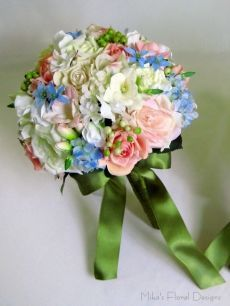 Mixed Roses, Sweet Pea, Freesia and Blue Star Flowers Round Bouquet