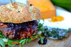 Venison burger with blackberry & red onion chutney - recipe found at www.hellsbellesbites.com