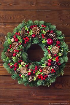 Christmas Wreath Making 2018 Edinburgh Christmas At The White House! Christmas Door, All Things Christmas, Simple Christmas, Winter Christmas, Christmas Time, Easy Christmas Decorations, Christmas Centerpieces, Holiday Wreaths, Holiday Decor