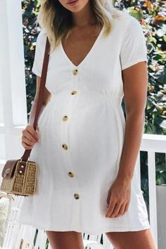 pregnancy outfits casual 627478160568252456 - The maternity casual v-neck single-breasted short sleeve dress with short sleeve is a god choice of fashion and you will love it. Source by mamipopofficial Maternity Mini Dresses, Casual Maternity Outfits, Summer Maternity Fashion, Spring Maternity, Stylish Maternity, Maternity Wear, Dress Casual, Maternity Clothing, Summer Maternity Clothes