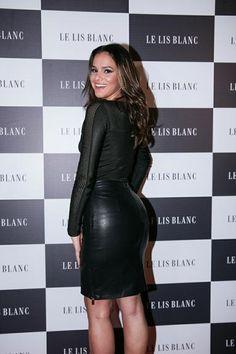 Bruna Marquezine marca presença em noite fashion