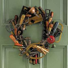 DIY: Tool Wreath - glue old tools to a wreath base. Use tools from an auction? Adhesive worked the best - use a wreath with an open weave so you can stick tools into it. Hanging wreath on a door isn't the best option - it's very heavy! Antique Tools, Old Tools, Vintage Tools, Wreath Crafts, Diy Wreath, Wreath Ideas, Wreath Hanger, Tool Wreath, Bric À Brac
