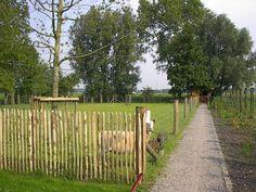Rail Fence, Horse Farms, Garden Gates, Hedges, Ecology, Country Life, Flower Power, Outdoor Living, Garden Design