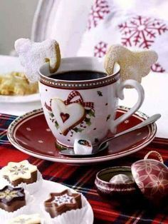 Christmas Tea with Tartan Plaid Coffee Love, Coffee Break, Morning Coffee, Coffee Cup, Christmas Coffee, Christmas Kitchen, Xmas, Christmas Breakfast, Christmas Morning