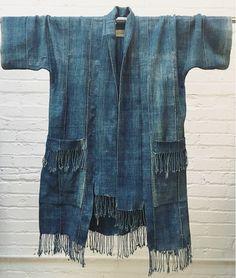 Vintage indigo kimono jacket with tassel hem & pockets. Visible mending, boro, one of a kind. Kimono Fashion, Denim Fashion, Boho Fashion, Fashion Design, Japan Fashion, Street Fashion, Tienda Fashion, Couture, Denim Ideas