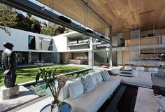 U-Shaped Modern Dream Home – De Wet 34 in South Africa bt SAOTA & OKHA