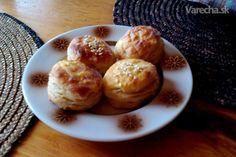 Naše oškvarkové pagáče (fotorecept) Y Recipe, Pretzel Bites, Food Dishes, Muffin, Bread, Breakfast, Basket, Hungarian Recipes, Morning Coffee